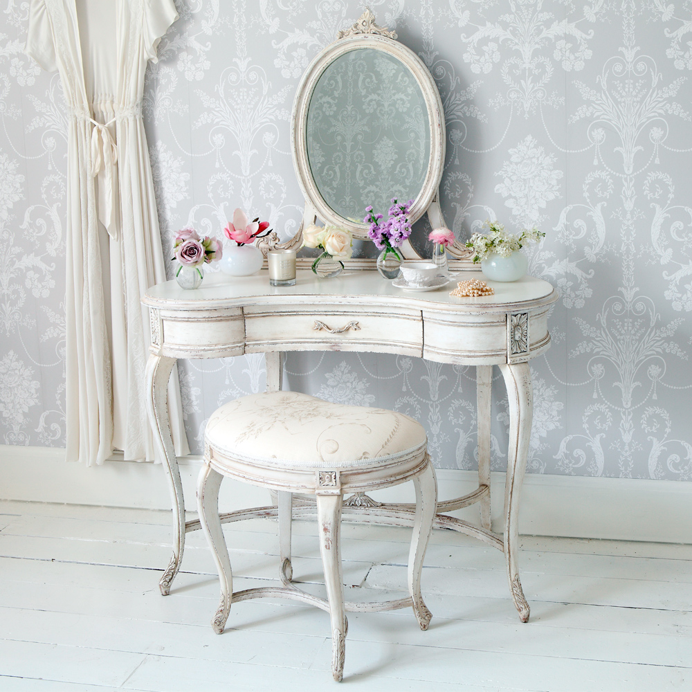 Delphine shabby chic dressing table french bedroom company for Miroir antique en bois