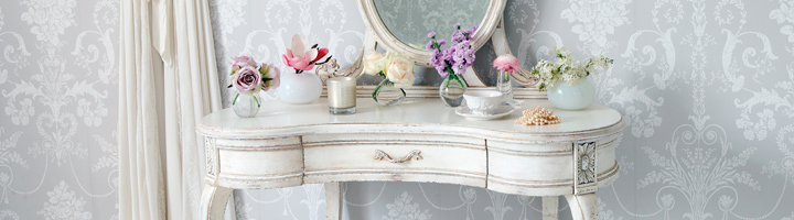French & Vintage Dressing Tables