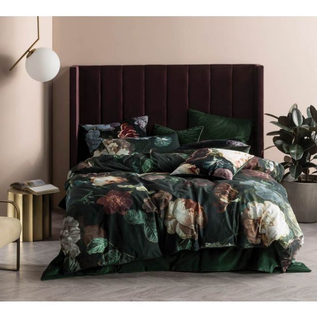 Blooms at Midnight Bed Linen