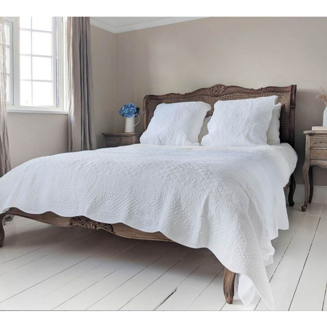 White Ornate Quilted Cotton Bedspread with Two Matching Pillow Shams