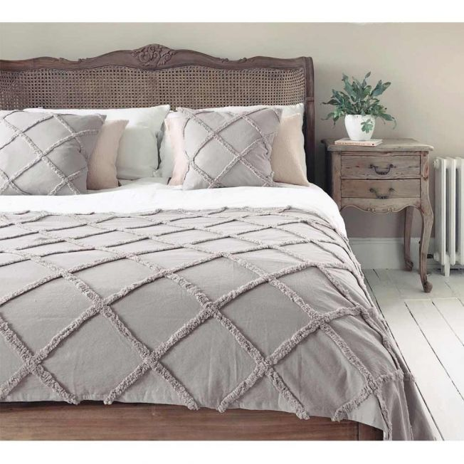 Hazy Days Fawn Grey Bed Runner