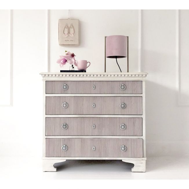 Lisbeth Distressed Ivory Chest of Drawers