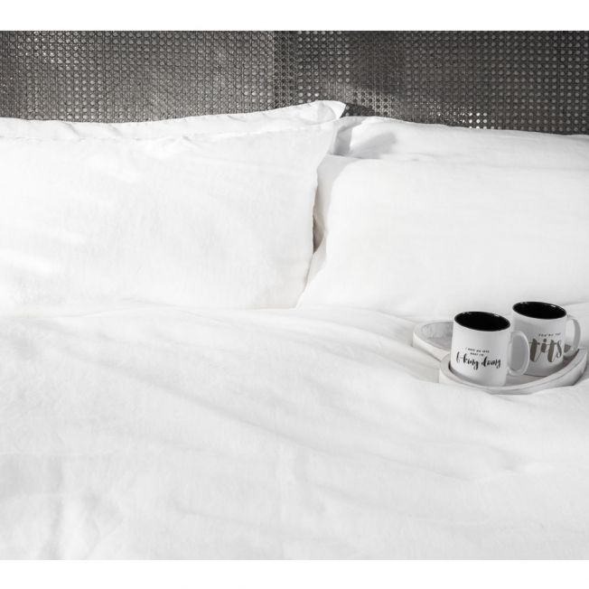 Luxurious White Bed Linen