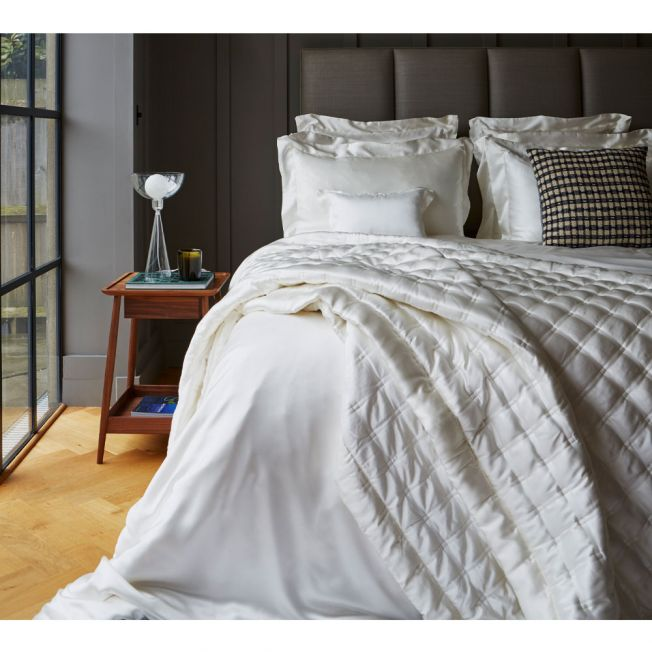 100% Pure Mulberry Silk Ivory Bed Linen