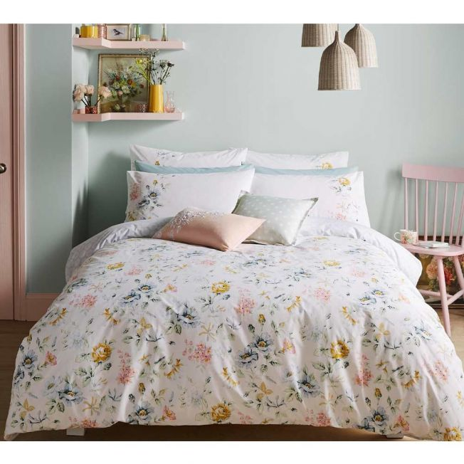 Bed Linen Set by Cath Kidson