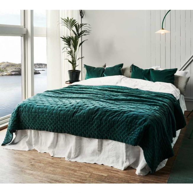 Plushious Emerald Green Cotton Velvet Quilted Bedspread