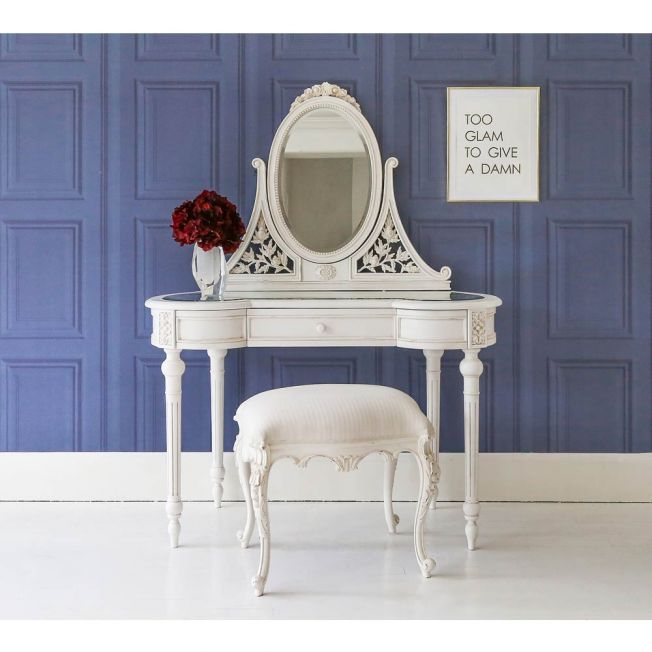 French White Dressing Table