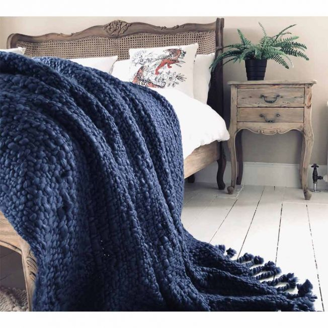 Wide Knit Navy Blue Tasselled Blanket