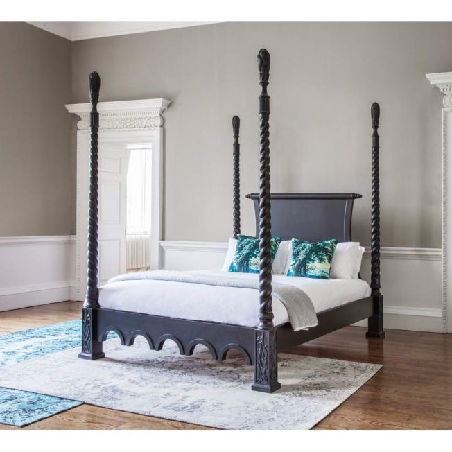 Sassy Boo Majestic Luxury Four Poster Black Bed