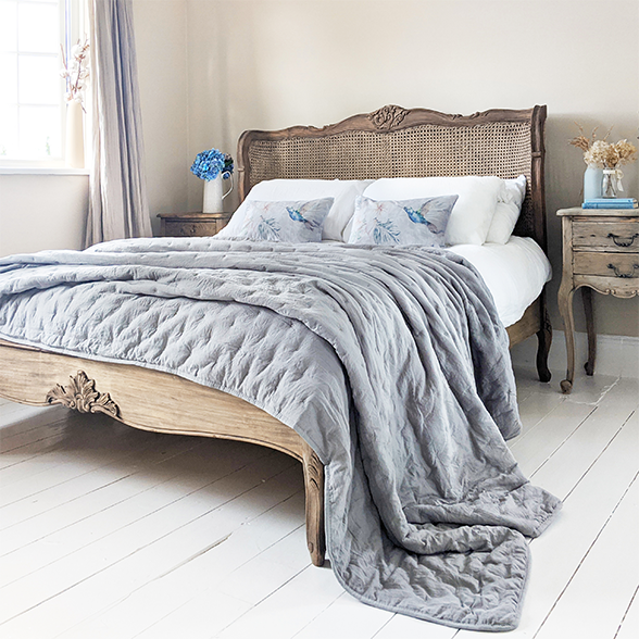 The Most Stylish Beds According to Pinterest