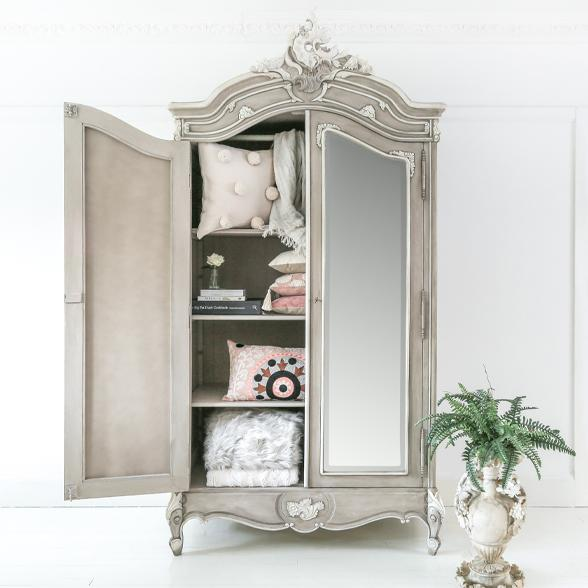 Storage with a Stylish Twist: How a Wardrobe Can Transform a Room