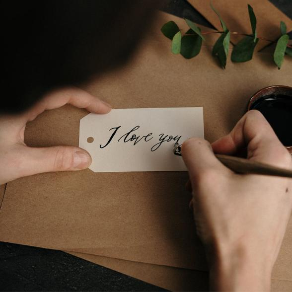 What our love notes really mean according to experts