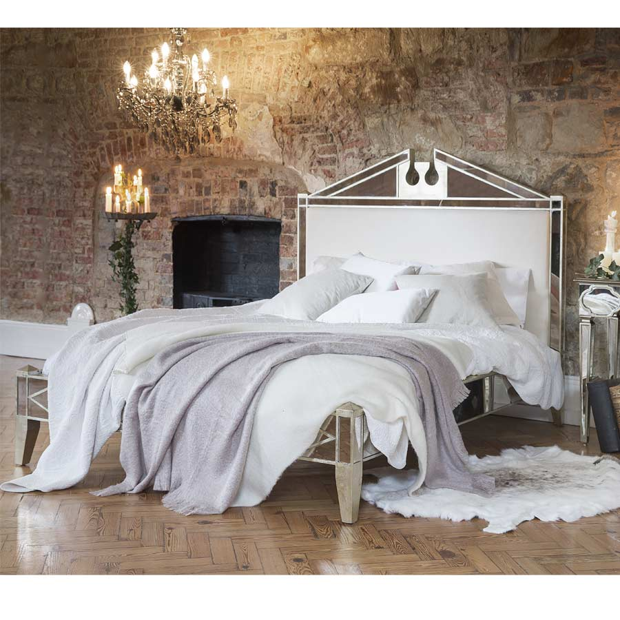 antique venetian mirrored bed king size image 1 by the french bedroom company. Black Bedroom Furniture Sets. Home Design Ideas
