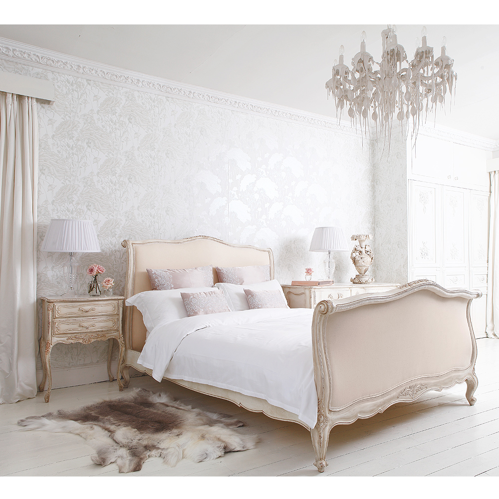 Delphine french upholstered bed french bedroom company for Chambre a coucher style provencal