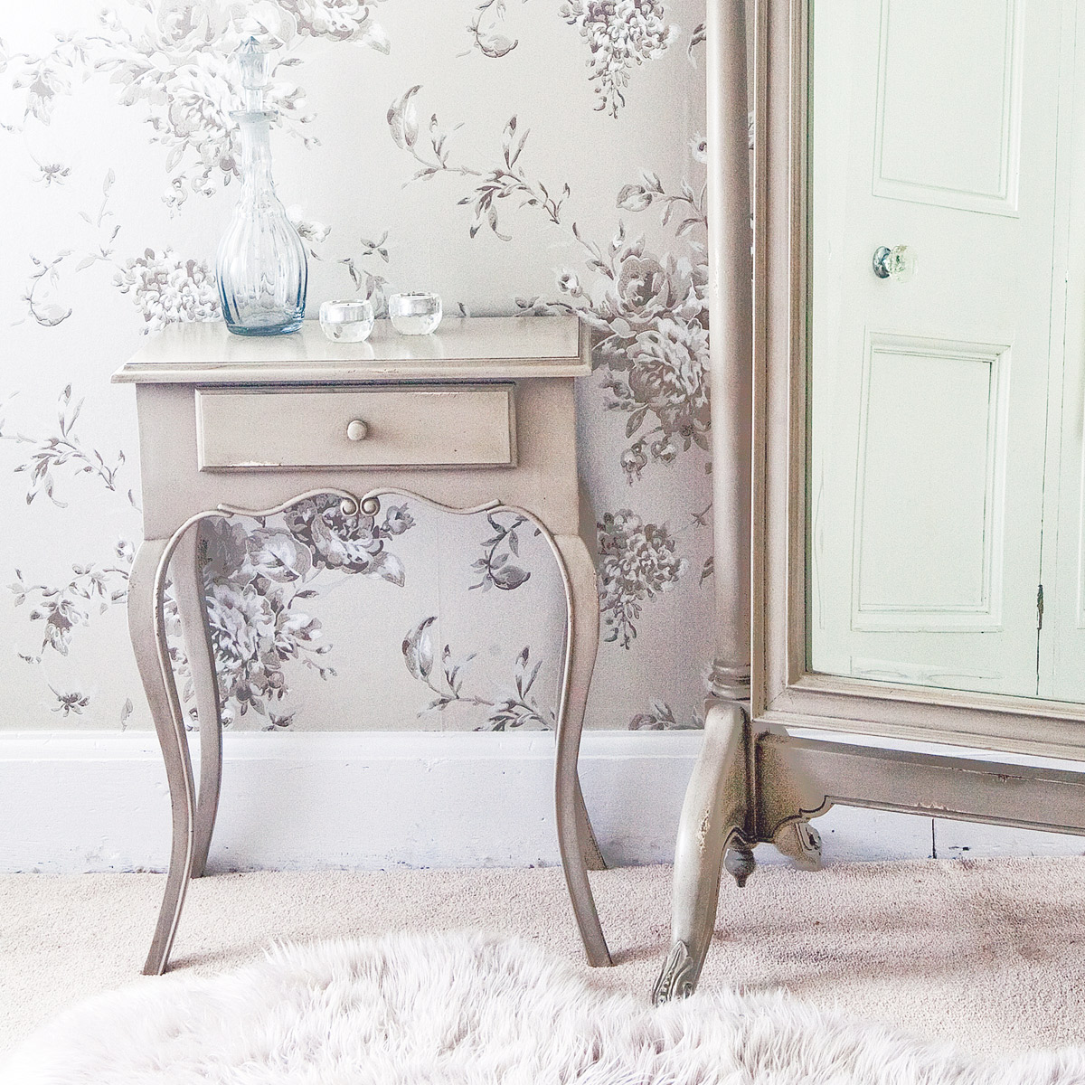 Normandy shabby chic side table french bedroom company for Shabby chic furniture