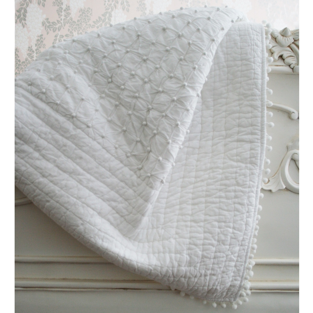 Pom Pom White Blanket Throw Bedspread French Bedroom Company