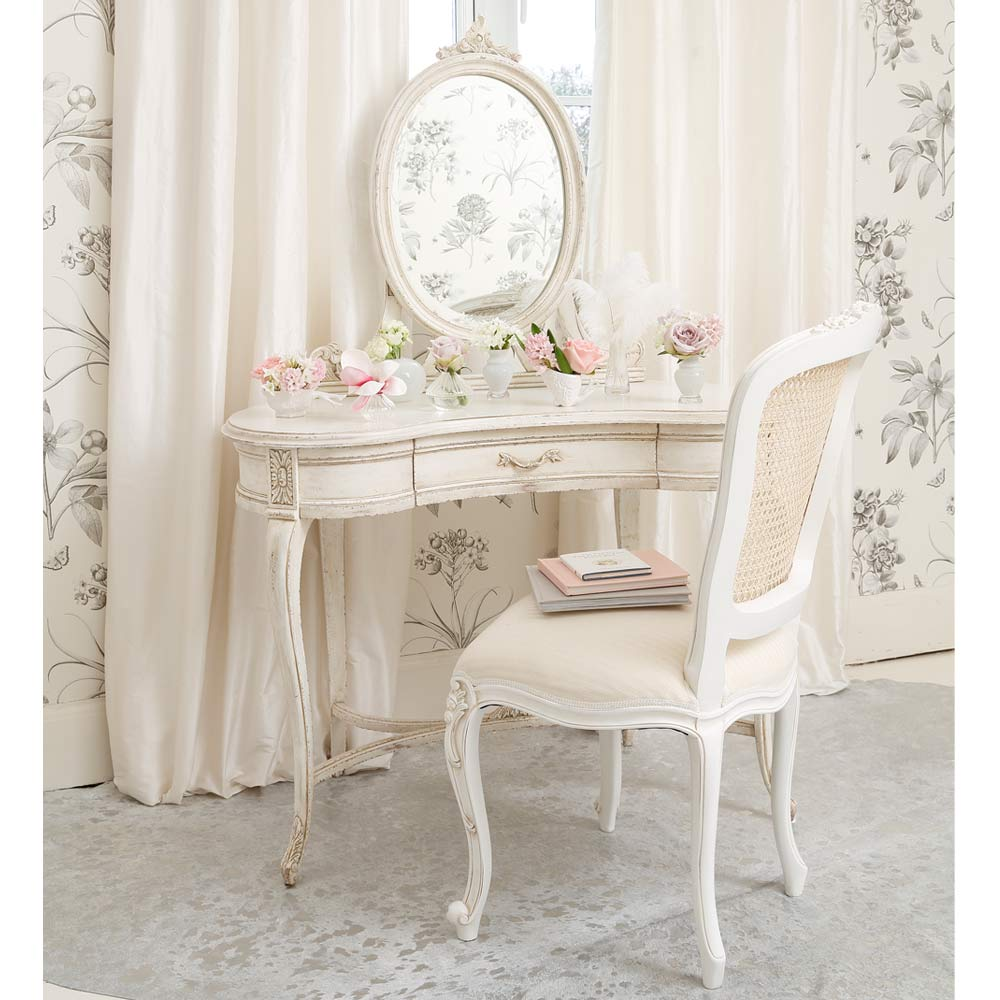 Delphine shabby chic dressing table french bedroom company for Ameublement shabby chic