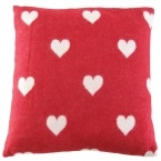 Queen of Hearts Red & White Blanket & Cushion (Image 3)