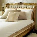 Versailles Luxury Upholstered Bed (Image 6)