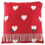 Queen of Hearts Red & White Blanket & Cushion (Image 4)