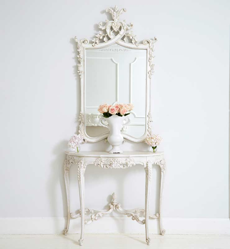 The French Bedroom Company Blog, the power of 3. Looking at clusters, collections and groups of threes in interior design and your home. Provencal Marie Antoinette Console Table with Provencal Heart Top mirror and Duchess Vase in off antique white