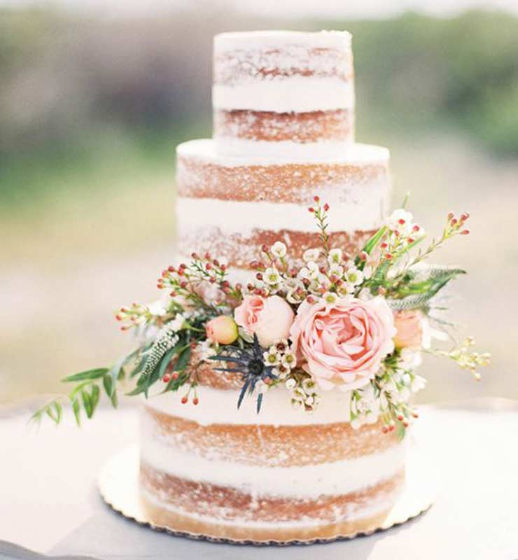 The French bedroom company blog The Wedding Edit blog - top tips for your wedding from florist with flowers, shoes, wedding dress, photographer and getting the perfect bridal suite. Perfect natural wedding cake with flowers