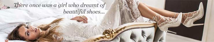 The French bedroom company blog The Wedding Edit blog - top tips for your wedding from florist with flowers, shoes, wedding dress, photographer and getting the perfect bridal suite. win a pair of Freya Rose Shoes