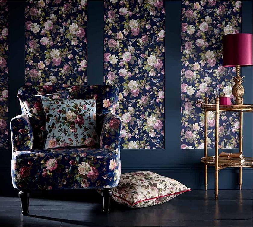Luxury armchair for bedrooms