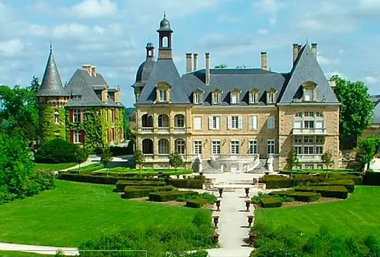 Grand chateau perfect for a large destination wedding or event